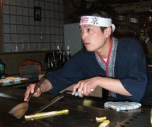 16-08-09-akakiko-gilly-4.jpg