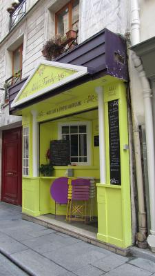 adele-familly-paris-exterieur