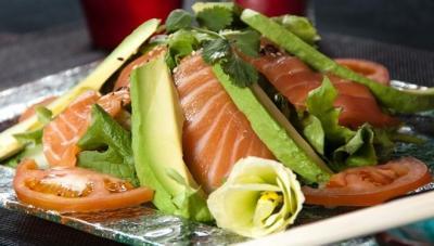 salade-verte-avocat-saumon.jpg